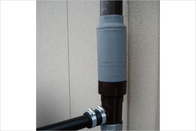 コダマ樹脂工業製雨水取水器