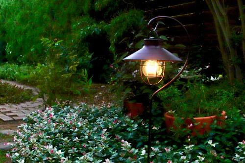 【雨水タンク】 キシマ製 ラテルネ ソーラーガーデンライト スタンド&スティックタイプ